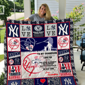 New York Yankees – To My Grandson – Love Grandmom Quilt Blanket