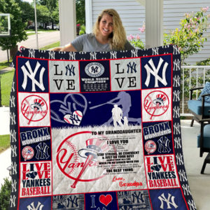 Personalized New York Yankees To My Granddaughter From Grandpa Just Know That I Believe In You Quilt Blanket Great Customized Gifts For Birthday Christmas Thanksgiving Perfect Gifts For New York Yankees Lover