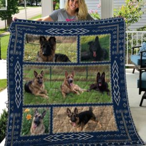 German Shepherd On The Grass Quilt Blanket Great Customized Blanket Gifts For Birthday Christmas Thanksgiving