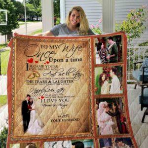 Friends- Wifefriends- Wife Quilt Blanket 01
