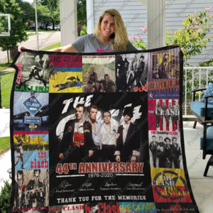 Bl-The Clash Quilt Blanket