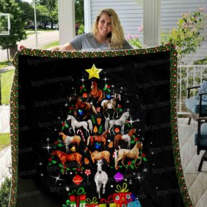 Horse At Christmas By Black Pattern Quilt Blanket Great Customized Blanket Gifts For Birthday Christmas Thanksgiving