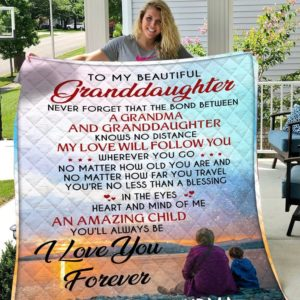 Personalized To My Granddaughter From Grandma The Bond Between Grandma And Granddaughter Quilt Meaningful Gifts For Her Great Customized Gifts For Birthday Christmas Graduation