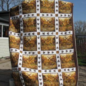 Whitetail Deer Animal Deer Hoof Prints Quilt Blanket Great Customized Blanket Gifts For Birthday Christmas Thanksgiving